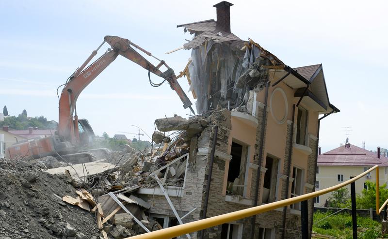 сайте Росвыставки частный дом под снос Бабаян