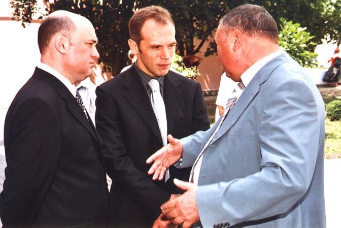 Один из богатейших народных избранников Госдумы решил сдать мандат по собственному желанию